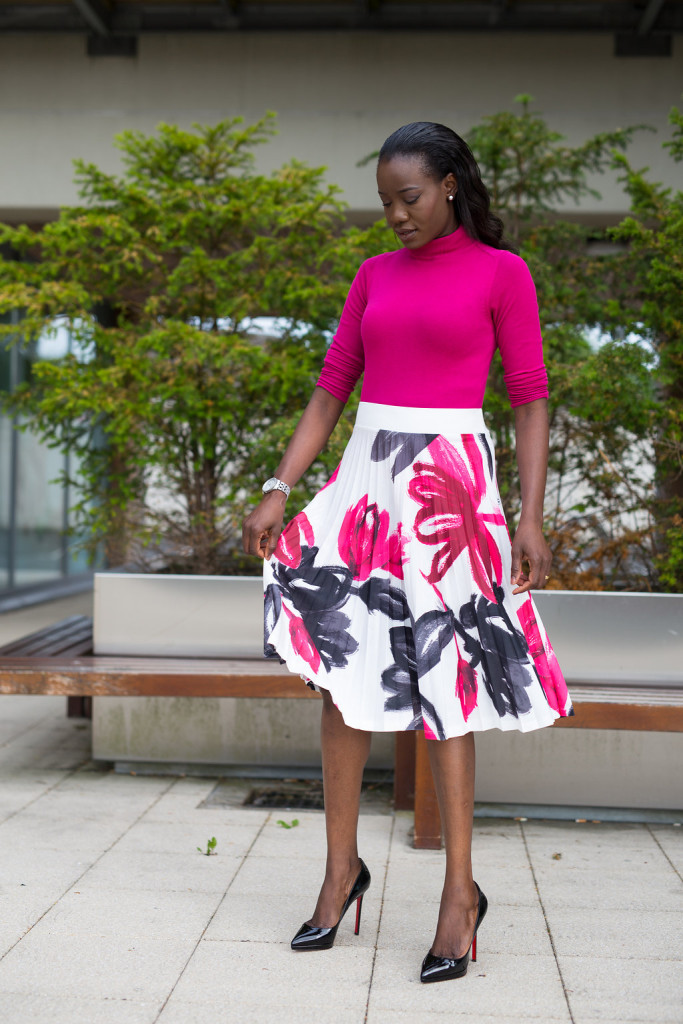 POLO_SWEATER_AND_FLORAL_MIDI