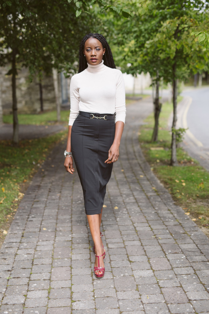 POLO_NECK_AND_PENCIL_SKIRT