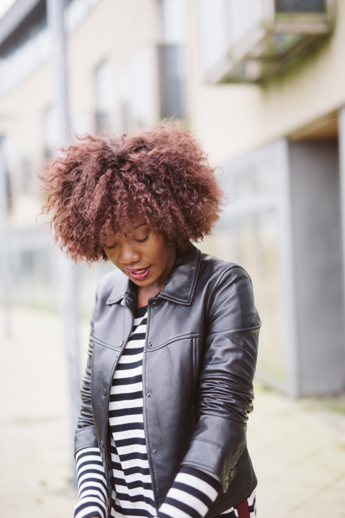 Leather_jacket_and_stripe