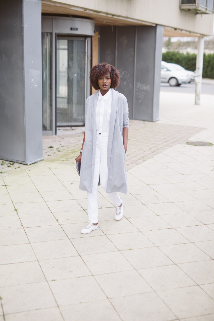All_white_and_grey