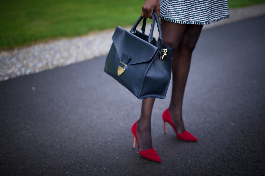Sophie_Hulme_Tote_and_Gianvito_Rossi_Lena_Heels