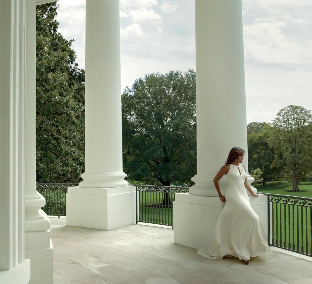 MICHELLE OBAMA WHITE MAXI DRESS IMAGE